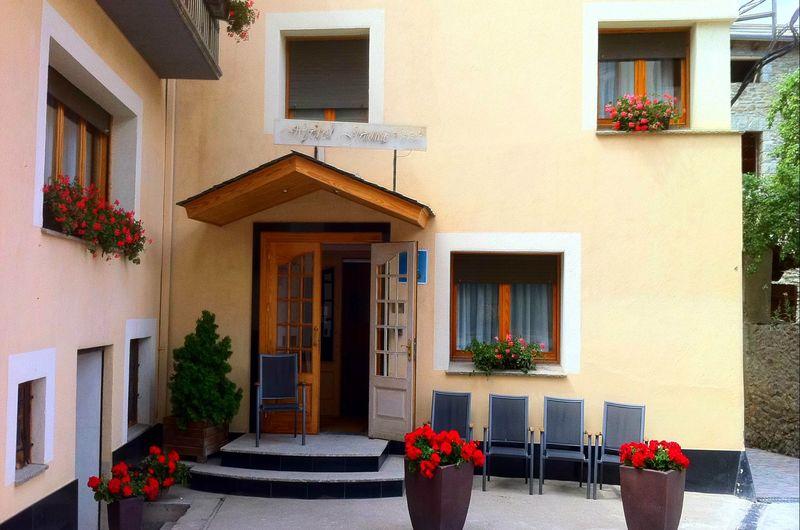 Photos of Hotel Jaume in ALP, SPAIN (1)
