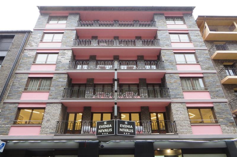 Foto 2 Hotel EVENIA NIVALIS, ENCAMP