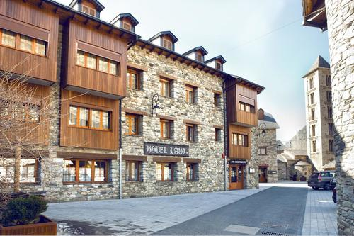 Photos of Hotel L'Aut in ERILL LA VALL, SPAIN (1)