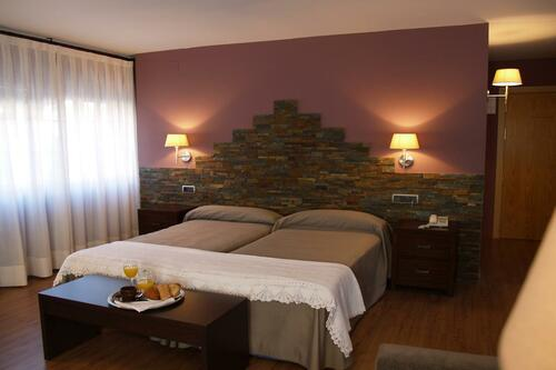 Photos of Hotel L'Aut in ERILL LA VALL, SPAIN (10)