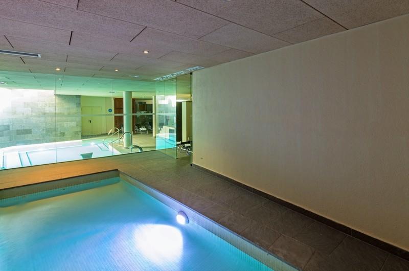 Foto 12 Hotel Hostal Trainera, ESTERRI D'ANEU