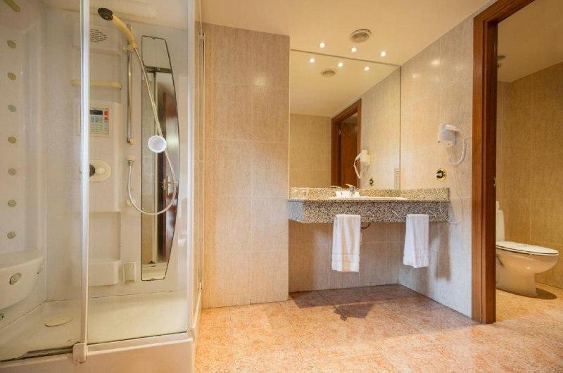Photos de Hotel Cervol à ANDORRA LA VELLA, ANDORRE (11)