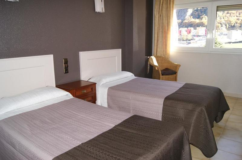 Fotos de Hotel Font Del Marge en ANDORRA LA VELLA, ANDORRA (3)