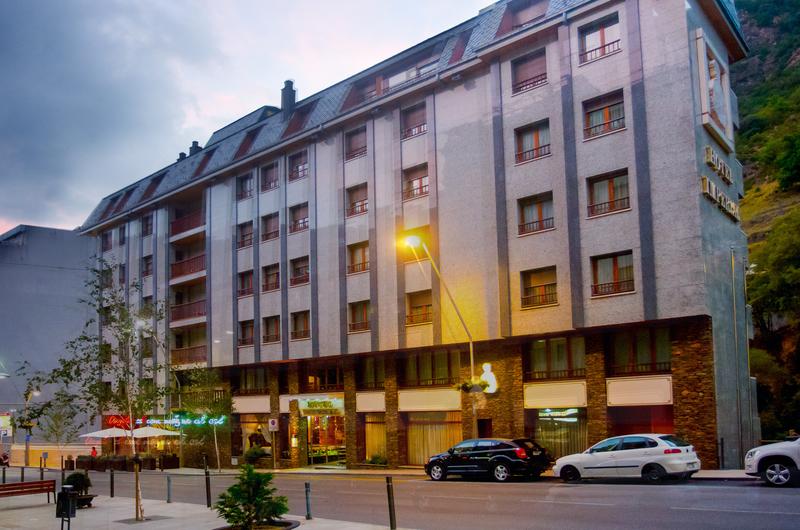Fotos de Imperial Atiram Hotel en SANT JULIÀ DE LÒRIA, ANDORRA (1)