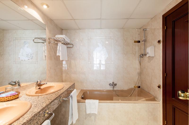 Fotos de Imperial Atiram Hotel en SANT JULIÀ DE LÒRIA, ANDORRA (10)