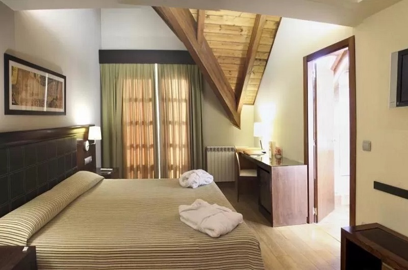 Hotel Aragón Hills