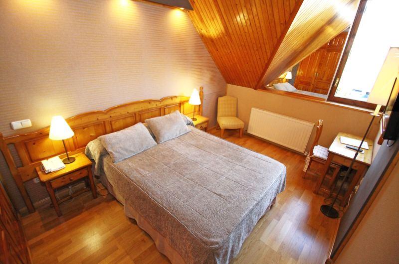 Hotel Villa De Sallent 3